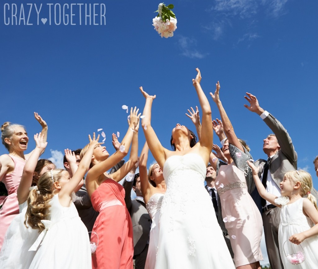 bouquet toss 3