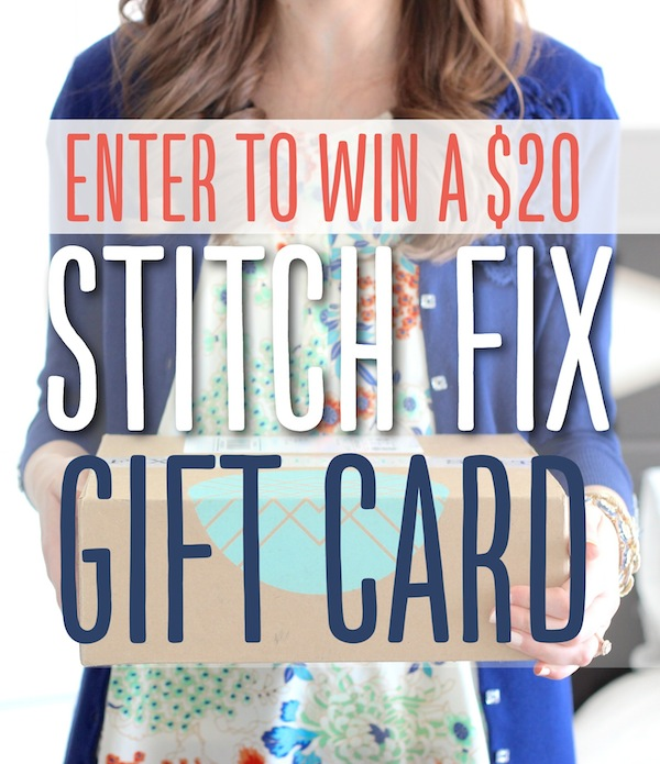 enter to WIN a Stitch Fix gift card! #fashion #stitchfix #giveaway