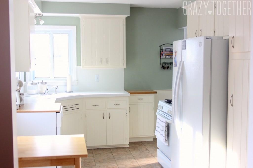 Into kitchen 2 copy 1200