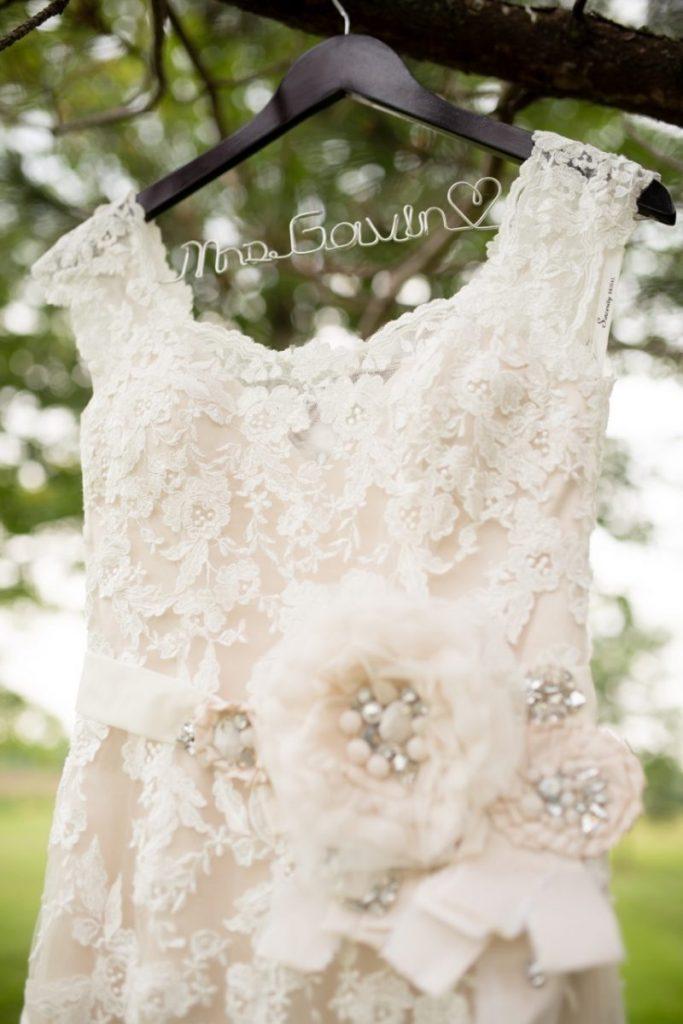 vintage theme wedding ideas - outdoor wedding #wedding