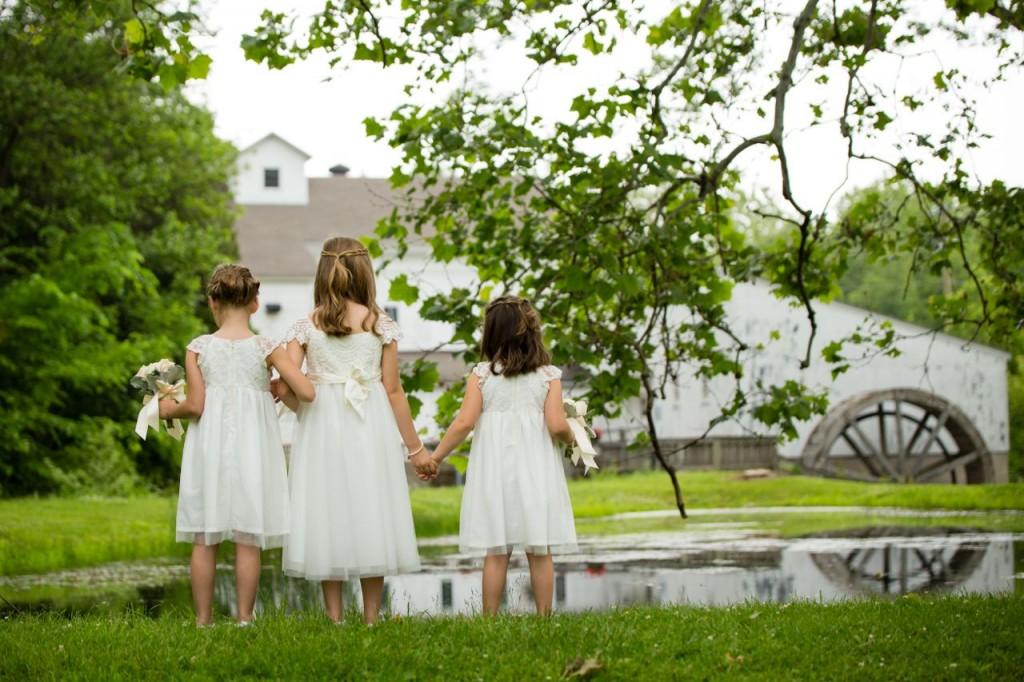 simple ivory flower girl dresses - vintage theme wedding ideas - #wedding #vintagewedding
