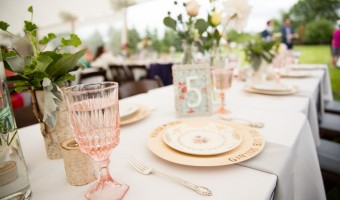 Wedding Wednesday: Gorgeous Vintage Rentals