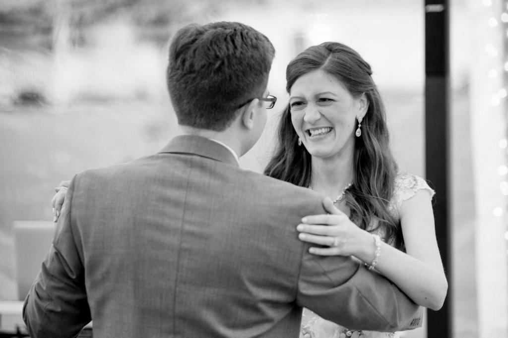 First Dance! vintage outdoor wedding ideas #vintagewedding #wedding