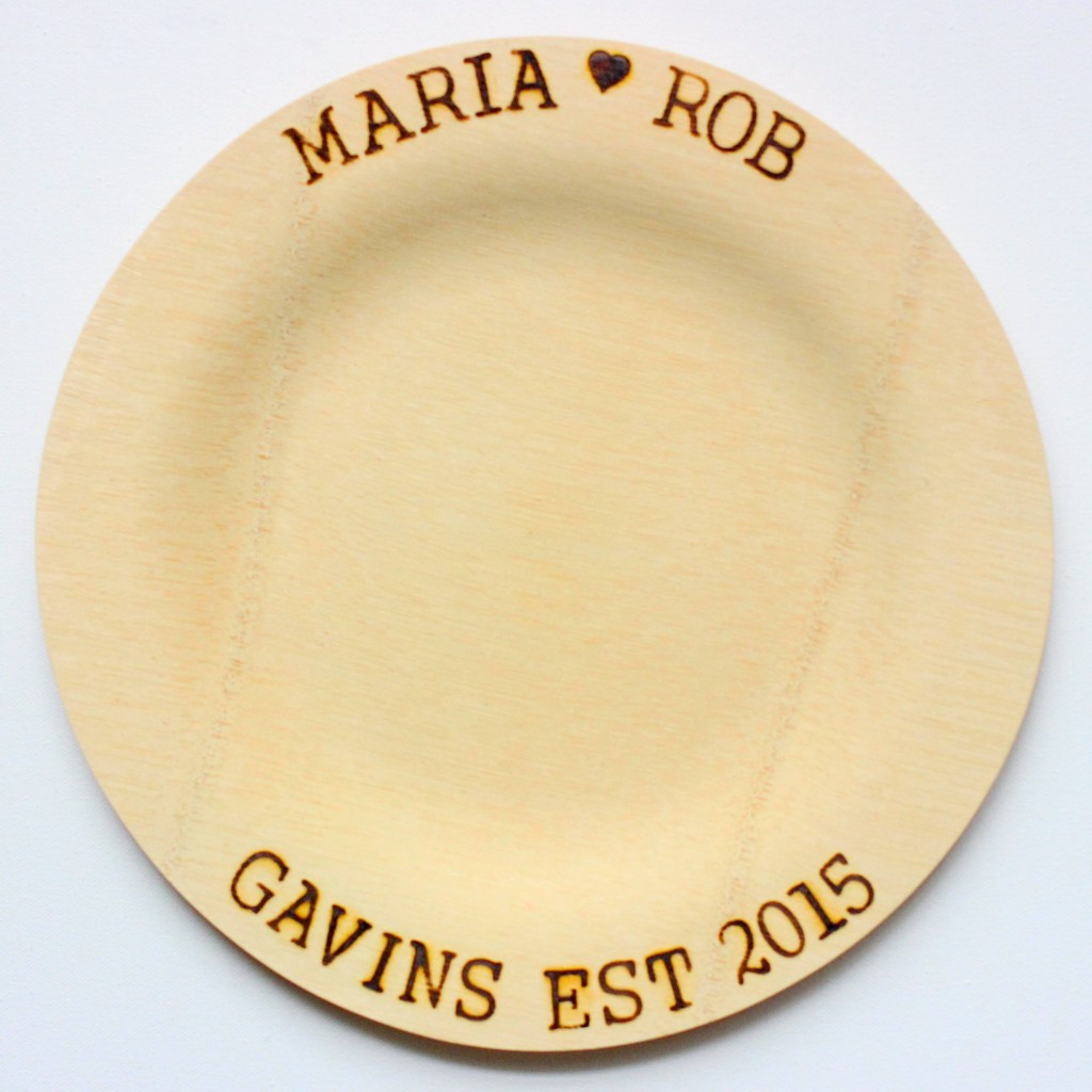 Woodburned wedding plates. LOVE this DIY project!