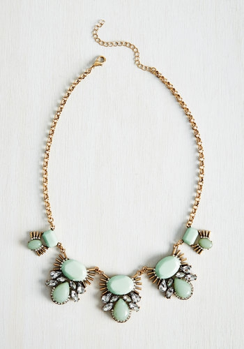 mint statment necklace