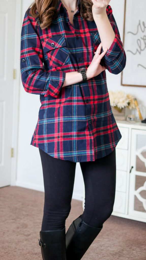 Ochenta plaid flannel shirt from Amazon with black leggings