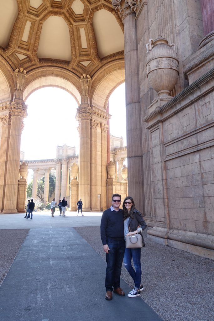 The Palace of Fine Arts - tourists in San Francisco