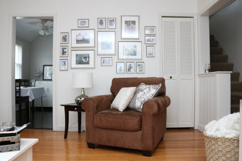 simple budget-friendly living room decor