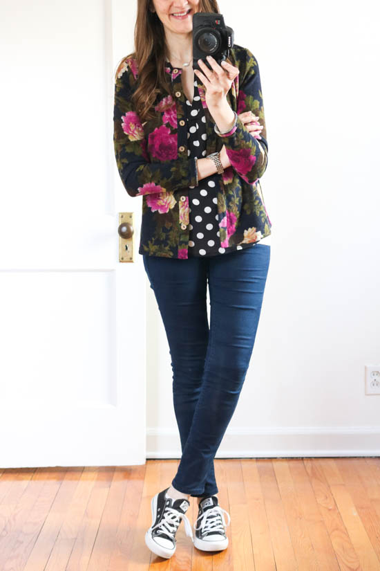How to hide the baby bump without having to size up - try mixing prints with a polka dot blouse and a printed cardigan | pregnancy fashion | Crazy Together blog