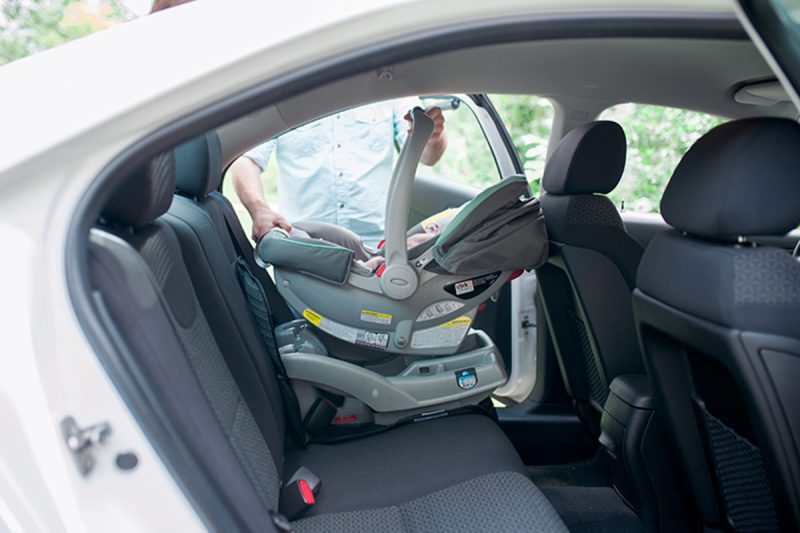 learning how to install a car seat. Black Bedroom Furniture Sets. Home Design Ideas