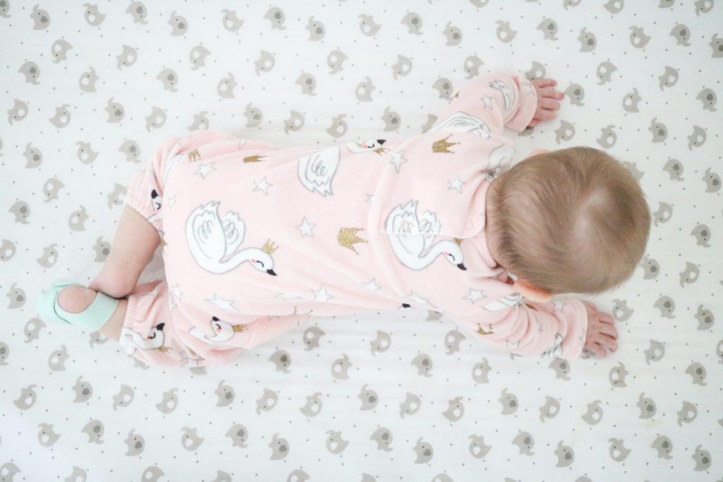 The Owlet Smart Sock helps us all sleep through the night and reassures us that our baby is save while she sleeps | infant care | safe sleep for babies | Crazy Together blog