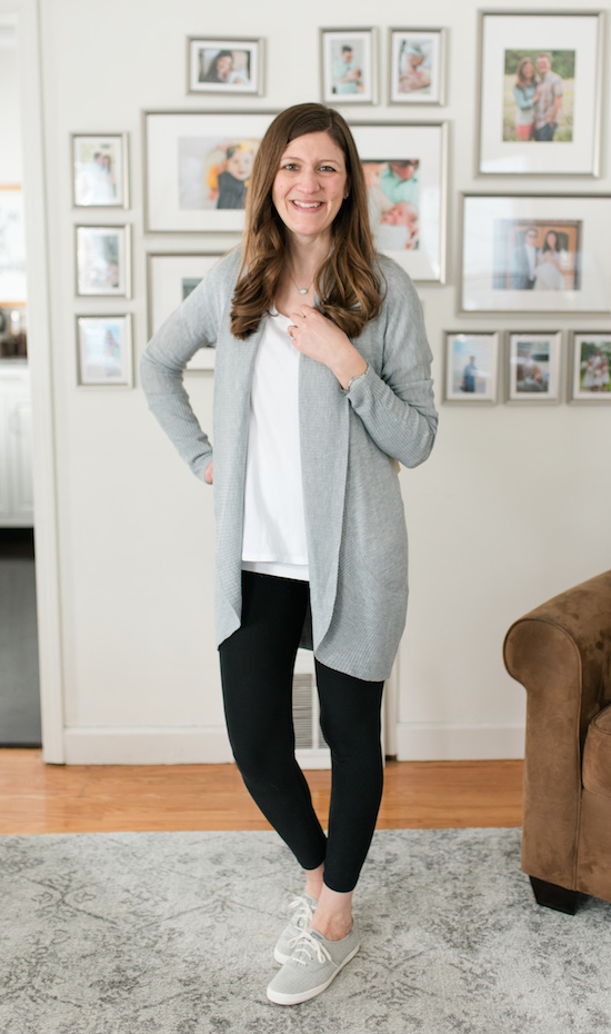 Love leggings, but also love great style? Check out my legging-friendly Stitch Fix box review | Sonole Open Cardigan from RD Style | Stitch Fix clothes | Stitch Fix review | Crazy Together blog