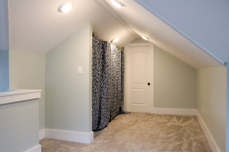 1925 craftsman master closet before and after | check out the before and after of this walk in closet | Crazy Together blog