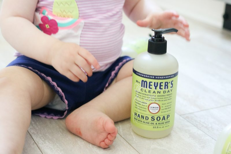 Healthy, safe, sustainable household products from Grove Collaborative | Free Mrs. Meyer's Soap from Grove Collaborative | Crazy Together blog