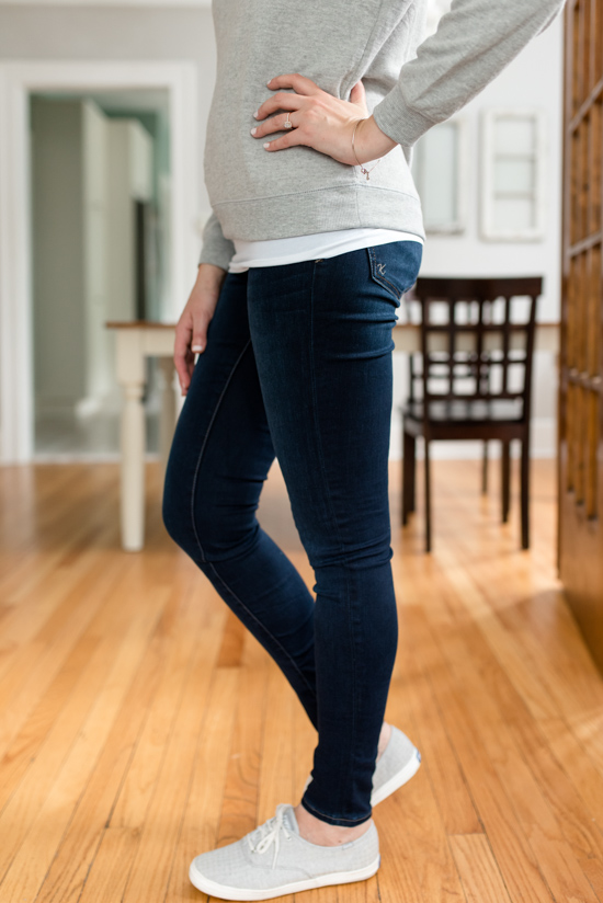 Mia Toothpick Skinny Jeans  in Approve Wash from Kut from The Kloth | Wantable style edit review | Wantable vs. Stitch Fix | a side by side comparison | women's clothing subscription boxes | Crazy Together blog