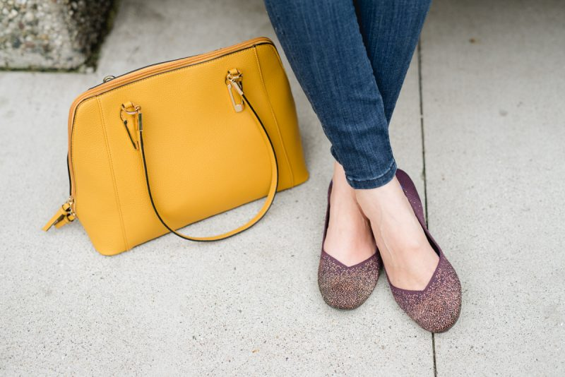 Curious about Rothy's? This blogger's very honest Rothy's review candidly answers all of your questions so you can make an informed decision | Honest Rothy's Review | Tieks vs. Rothys | comfortable flats | comfortable shoes | Crazy Together blog