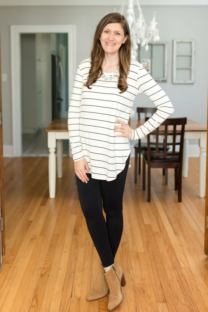Receive 2-3 complete outfits hand-picked for you from Trendsend by Evereve: personal style delivered to your door with Billie Long Sleeve Tunic Tee from Peyton Jensen and Essential Seamless Legging from Spanx | A comparison of Stitch Fix vs. Trendsend | clothing style services | clothing subscription boxes | personal styling | Crazy Together blog #stitchfix #trendsend #personalstylist