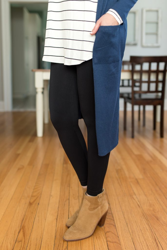 Receive 2-3 complete outfits hand-picked for you from Trendsend by Evereve: personal style delivered to your door with Billie Long Sleeve Tunic Tee from Peyton Jensen and a navy blue duster Kara Cardigan from Allison Joy| A comparison of Stitch Fix vs. Trendsend | clothing style services | clothing subscription boxes | personal styling | Crazy Together blog #stitchfix #trendsend #personalstylist