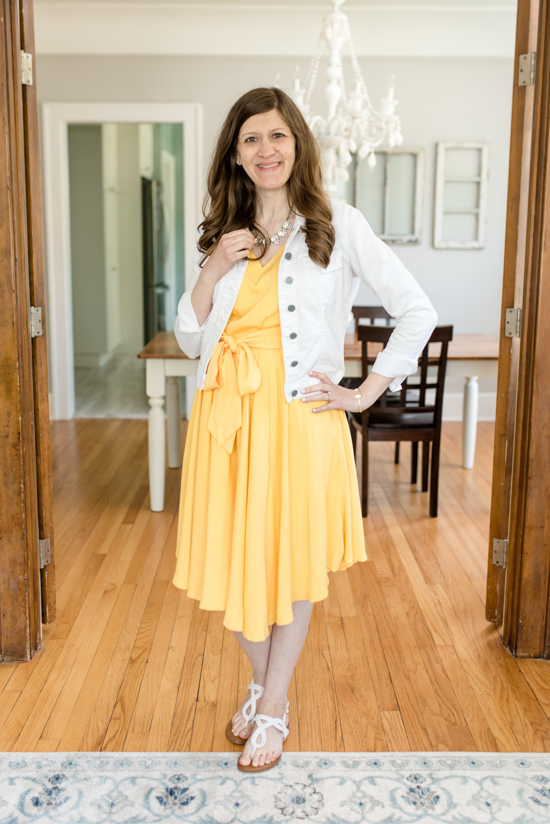 Trunk Club Maternity Review - Sleeveless Pleated Tank Dress from Modcloth | style box | women's fashion | maternity clothes | #stitchfix #trunkclub | Crazy Together blog