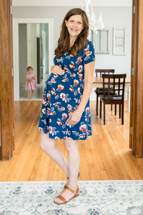Stitch Fix Maternity Review - Murphy Maternity Short Sleeve Knit Dress from French Grey | Stitch Fix style | Stitch Fix clothes | fashion | fall clothes | maternity clothes | #stitchfix #maternity | Crazy Together blog