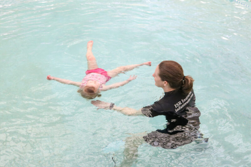 Our experience with ISR swim lessons so our toddler can learn to self-rescue in the water