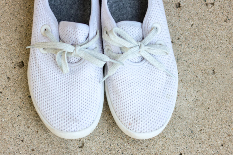 White Allbirds Tree Skippers - His & Her Allbirds Review - Everything you need to know | Fashion | comfortable shoes | Crazy Together blog