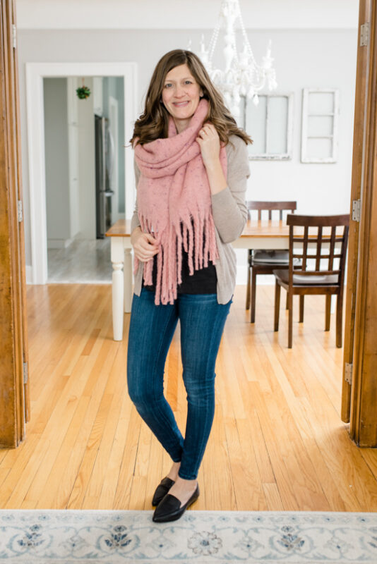 Postpartum Trunk Club Review featuring BP Speckled Fringe Trim Muffler and Steve Madden Feather Loafer Flats | Trunk Club clothes | personal styling service | #trunkclub | #winterclothes | #postpartum | #nursing | Crazy Together blog