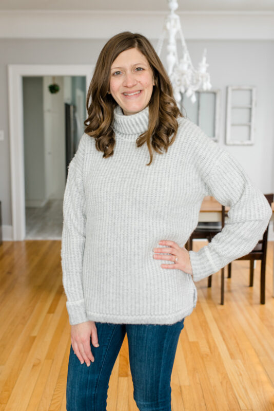 Postpartum Trunk Club Review featuring Caslon Turtleneck Sweater | Trunk Club clothes | personal styling service | #trunkclub | #winterclothes | #postpartum | #nursing | Crazy Together blog