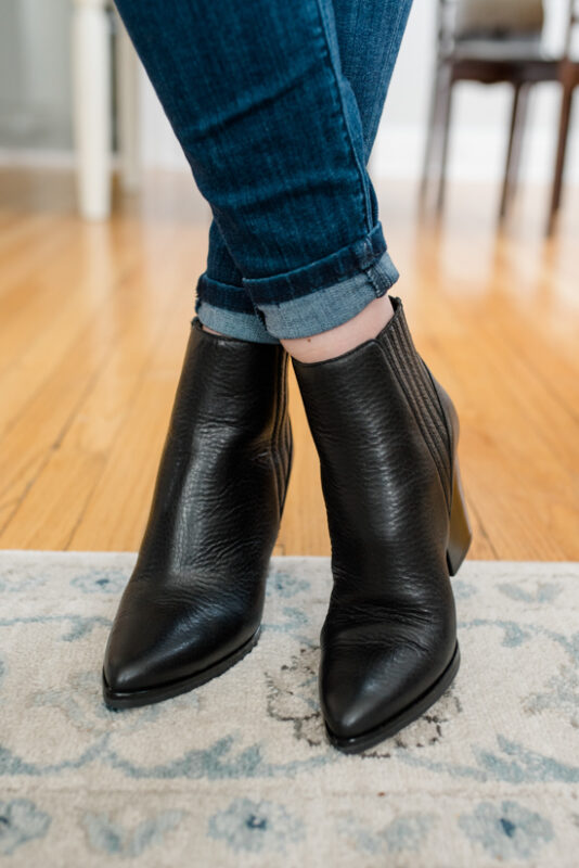 Postpartum Trunk Club Review featuring Marc Fisher Alva Bootie | Trunk Club clothes | personal styling service | #trunkclub | #winterclothes | #postpartum | #nursing | Crazy Together blog