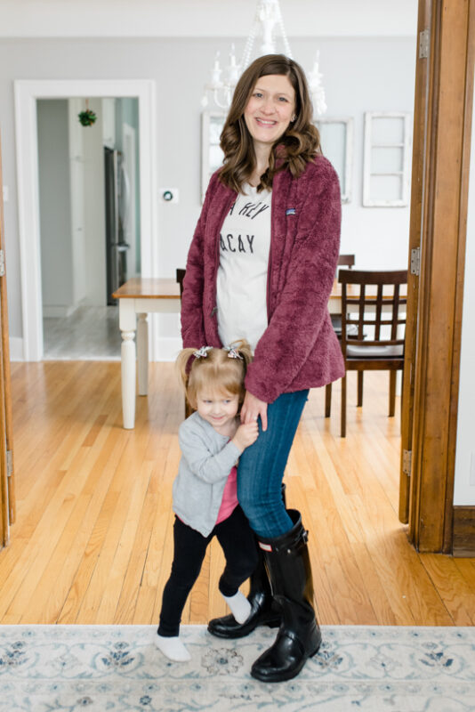 Postpartum Trunk Club Review featuring Patagonia Los Gatos Fleece Jacket | Trunk Club clothes | personal styling service | #trunkclub | #winterclothes | #postpartum | #nursing | Crazy Together blog