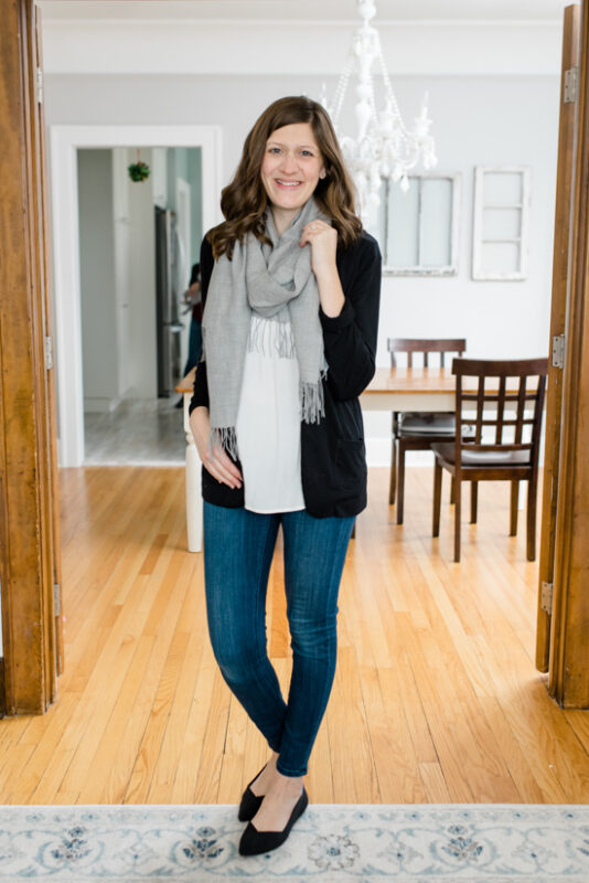 Postpartum Trunk Club Review featuring Tissueweight Wool & Cashmere Scarf | Trunk Club clothes | personal styling service | #trunkclub | #winterclothes | #postpartum | #nursing | Crazy Together blog