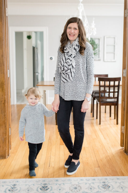 Great Stitch Fix clothes for Mom Life | Bartie Hacci Drop Shoulder Knit Top from Bobeau | March Stitch Fix Review | Stitch Fix clothes | subscription box | style box | #stitchfix #fashionblog | Crazy Together blog