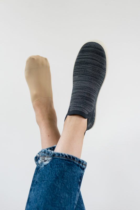 Love your Rothy's but need a great no-show sock to wear with them? I finally discovered THE BEST no-show socks to pair with every single style of Rothy's. I'm sharing all my favorite styles in this blog post and I have a discount code that will save you 15%!
