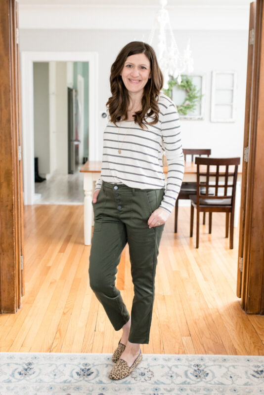 My Trendsend Shipment that Came Before the Quarantine | Trendsend by Evereve personal styling service | Billie Stripe Tunic Tee from Peyton Jensen and Aiden Trouser pants with Exposed Buttons from Level 99 | #trendsend #stitchfix #stylebox | #stylereview | Crazy Together blog