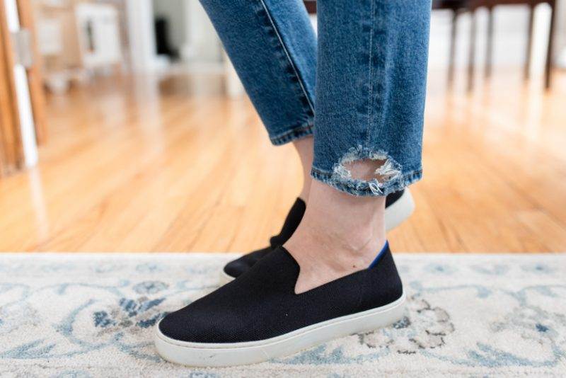 My Trendsend Shipment that Came Before the Quarantine | Trendsend by Evereve personal styling service | Tony Straight Ankle jeans from Agolde | #trendsend #stitchfix #stylebox | #stylereview | Crazy Together blog