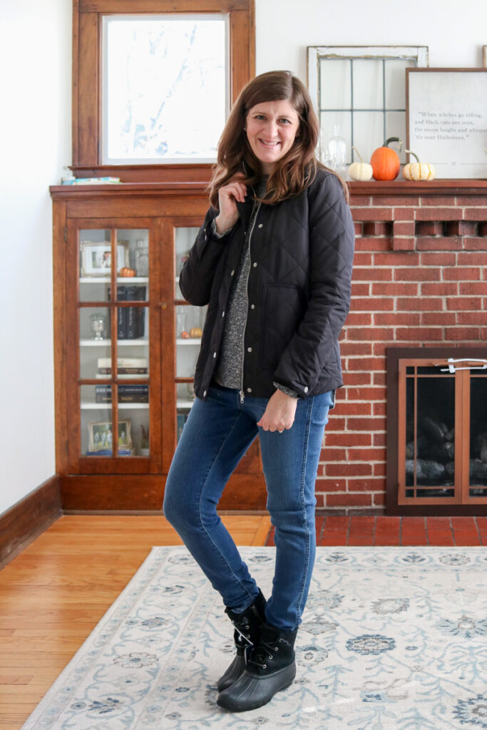 This Trunk Club shipment for women was just my style and perfect for the cold winter months. The trunk contained tops, duck boots, jeans, leggings and loungewear for cozy days at home. Check out all the pieces in my Trunk Club try-on and review for all the details!