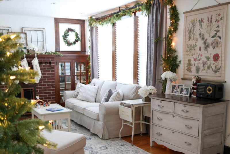 vintage rustic living room Christmas decor
