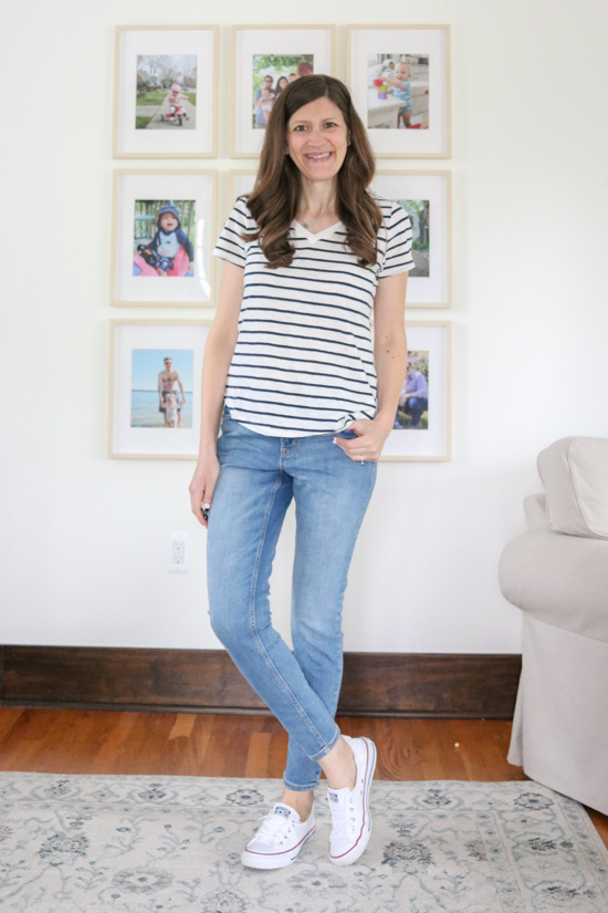light wash Rockstar Super Skinny Mid Rise Jeans | Old Navy try-on and review